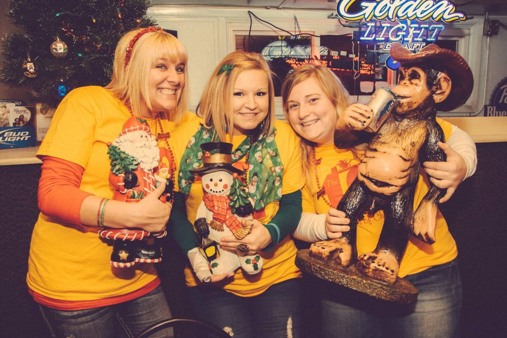 12_Bars_of_Christmas_Menomonie_Charity_Event_Photography_Blog_015