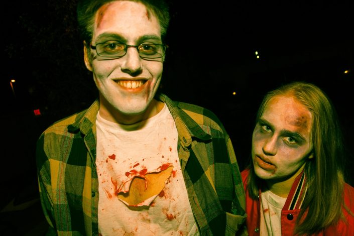 Zombie_Pub_Crawl_Menomonie_Wisconsin_October_2012_Bar_and_Event_Photography_051