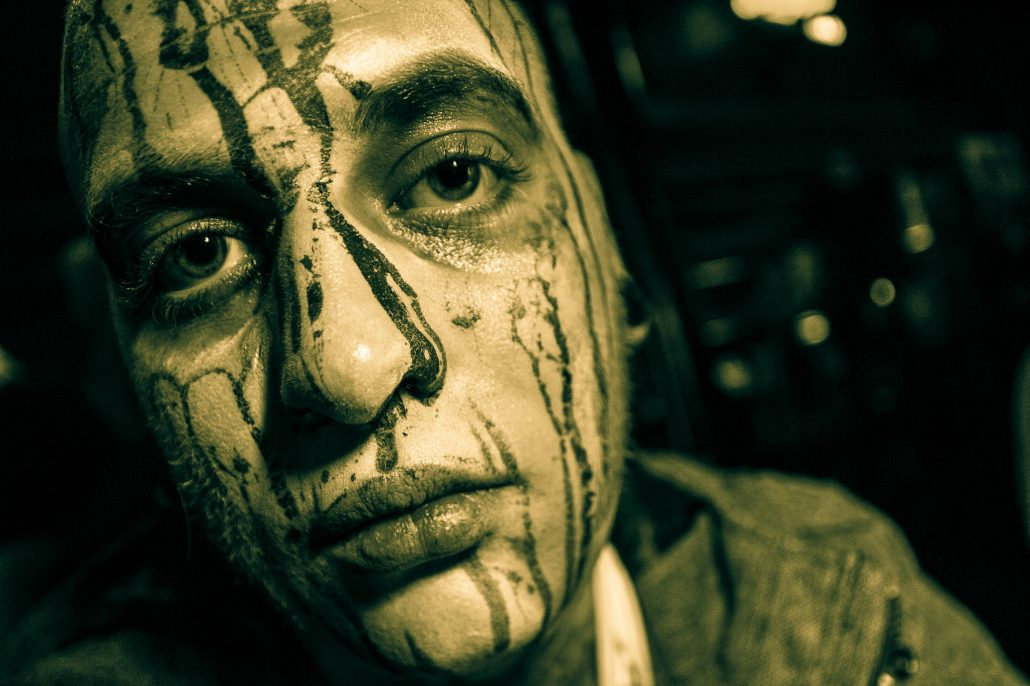 Zombie_Pub_Crawl_Menomonie_Wisconsin_October_2012_Bar_and_Event_Photography_080