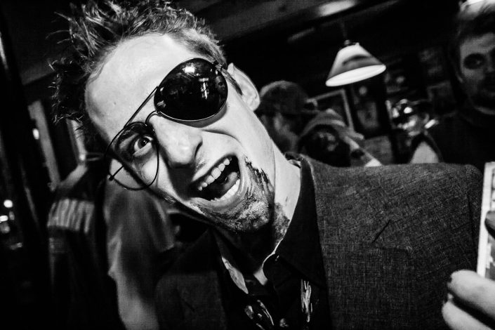 Zombie_Pub_Crawl_Menomonie_Wisconsin_October_2012_Bar_and_Event_Photography_085