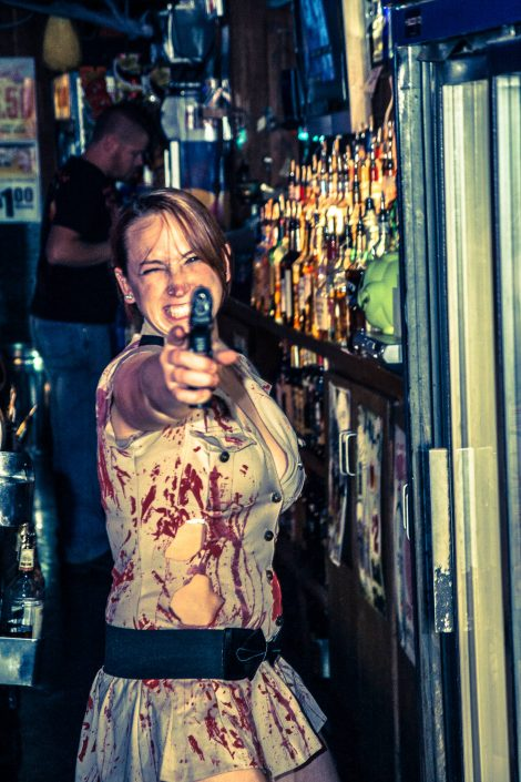 Zombie_Pub_Crawl_Menomonie_Wisconsin_October_2012_Bar_and_Event_Photography_094